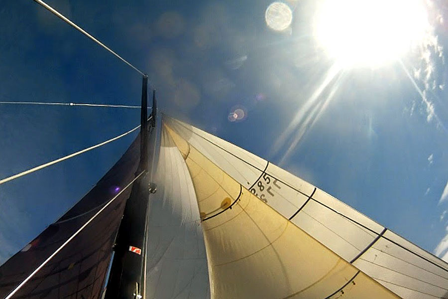 Offshore Yacht Racing Course with J World